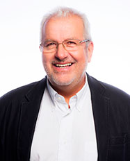 Dr Christian Kaempf